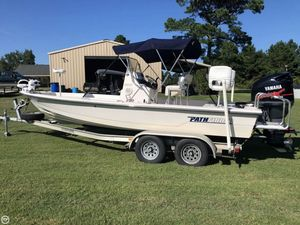 Used Pathfinder 2200V-PN Bay Boat For Sale