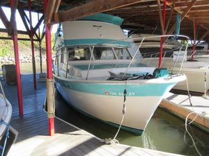 Used Tollycraft 34 Flybridge Sedan Sports Fishing Boat For Sale