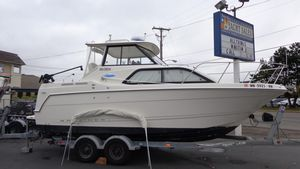 Used Bayliner 2452 Classic Hardtop Cruiser Boat For Sale