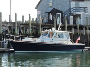 Used Grand Banks Eastbay 38 HX Express Cruiser Boat For Sale
