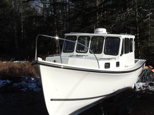 Used Bhm 28 Sports Fishing Boat For Sale