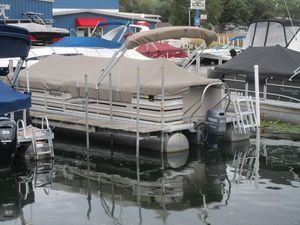 Used Sanpan 2500RE2500RE Pontoon Boat For Sale