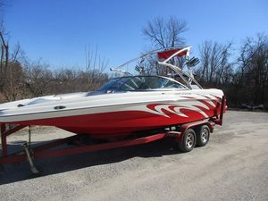 Used Mb F23 TomcatF23 Tomcat Ski and Wakeboard Boat For Sale