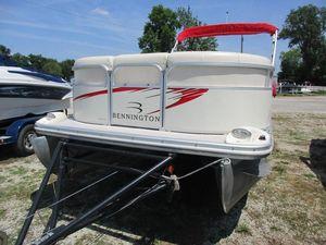 Used Bennington 2050RL2050RL Pontoon Boat For Sale