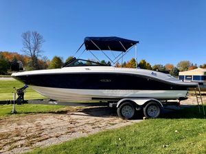 New Sea Ray 210spx Bowrider Boat For Sale