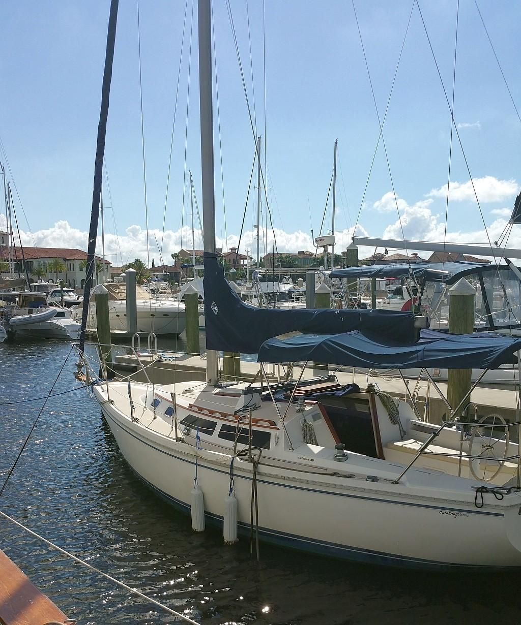 1988 Used Catalina 30' Sloop Cruiser Sailboat For Sale