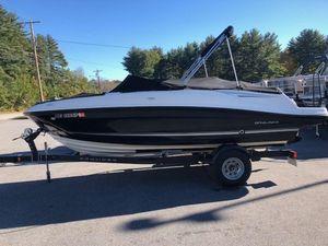 Used Bayliner 20' VR520' VR5 Bowrider Boat For Sale