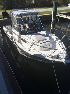Used Bayliner Walk Around Center Console Fishing Boat For Sale