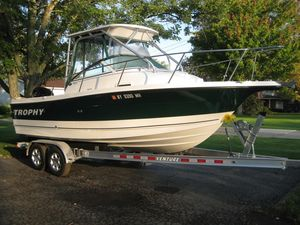 Used Trophy 2102 Walkaround Cuddy Cabin Boat For Sale