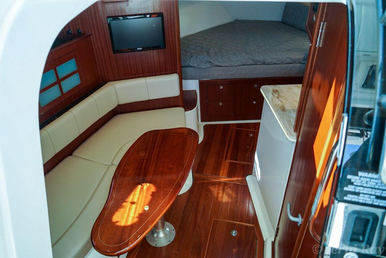 2019 New Pursuit OS 385 Offshore Express Cruiser Boat For
