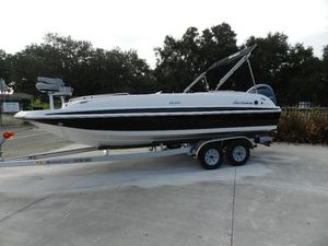 New Hurricane 201 SS201 SS Deck Boat For Sale
