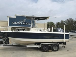 Used Hydra-Sports 212 CC212 CC Saltwater Fishing Boat For Sale