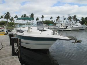 Used Chaparral 290 Signature Cruiser Center Console Fishing Boat For Sale