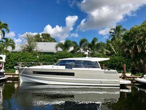 Used Jeanneau NC 14NC 14 Sports Cruiser Boat For Sale