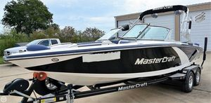 Used Mastercraft X-14v Ski and Wakeboard Boat For Sale