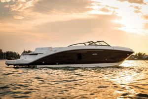 New Sea Ray SDX 270 Motor Yacht For Sale
