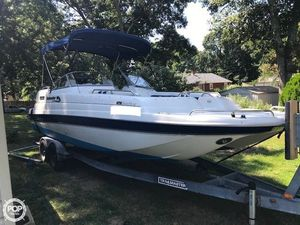 Used Splendor Sunstar 24 Deck Boat For Sale