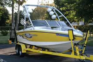Used Centurion Avalanche Storm Ski and Wakeboard Boat For Sale