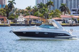 Used Monterey 320 Sport Yacht Cruiser Boat For Sale