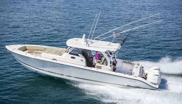 Used Scout Boat Company 350 LXF Center Console Fishing Boat For Sale