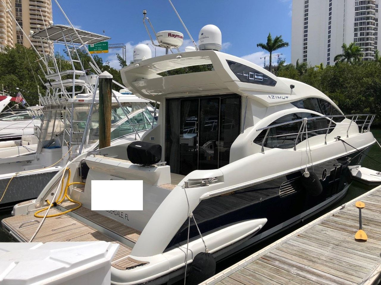 Used Azimut 40s Cruiser Boat For