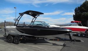Used Sanger 215215 Ski and Wakeboard Boat For Sale