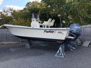 Used Parker 21 SE Center Console Fishing Boat For Sale