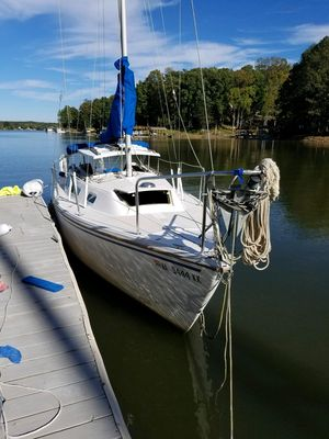 Used Catalina 25 Standard Rig Sloop Cruiser Sailboat For Sale