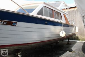 Used Lyman 26 Express Cruiser Antique and Classic Boat For Sale