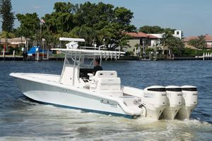 Used Seahunter 35 Center Console Fishing Boat For Sale