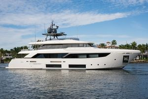 Used Custom Line Navetta 33 Motor Yacht For Sale