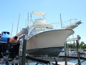 Used Henriques 28 Sportfish Sports Fishing Boat For Sale