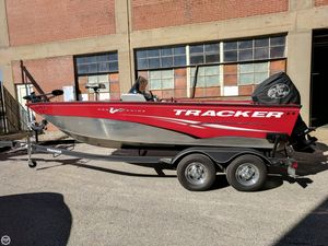 Used Tracker Pro Guide V175 SC Bass Boat For Sale