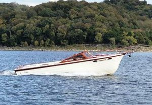 Used Windsor Craft ClassicClassic Antique and Classic Boat For Sale