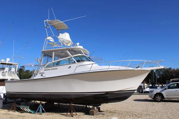 Used Henriques 28 Express Sports Fishing Boat For Sale