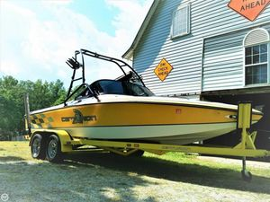 Used Centurion Ski Sport Bowrider Ski and Wakeboard Boat For Sale