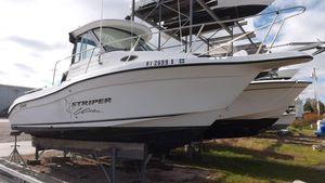 Used Seaswirl Striper 2301 Walkaround I/O Center Console Fishing Boat For Sale