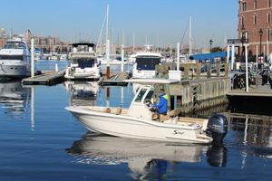 Used Scout 225 XSF Center Console Fishing Boat For Sale