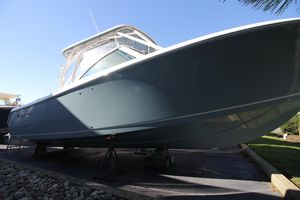 New Sailfish 325 DC Sports Fishing Boat For Sale