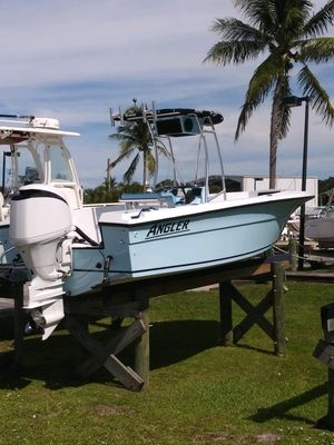 Used Angler with Yamaha 150with Yamaha 150 Center Console Fishing Boat For Sale