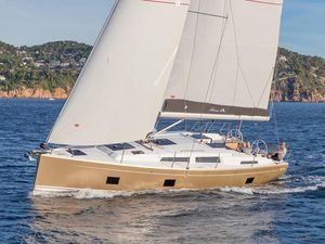 New Hanse 418 Racer and Cruiser Sailboat For Sale