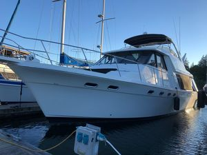 Used Bayliner 4788 Pilothouse Bow Thruster Motor Yacht For Sale
