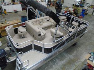 New Bennington 188SFV188SFV Pontoon Boat For Sale