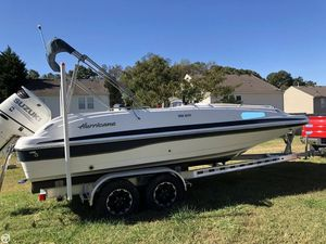 Used Hurricane SDS 201 Deck Boat For Sale