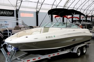 Used Sea Ray 220 Sundeck220 Sundeck Deck Boat For Sale