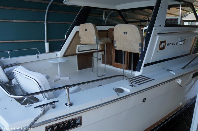 1979 used trojan f30 sports fishing boat for sale for Fishing boats for sale mn