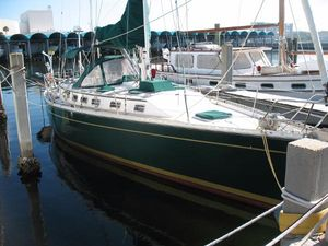 Used Morgan Center Cockpit Sailboat For Sale
