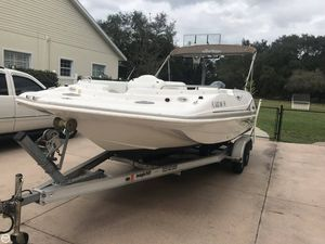 Used Hurricane 202 Deck Boat For Sale