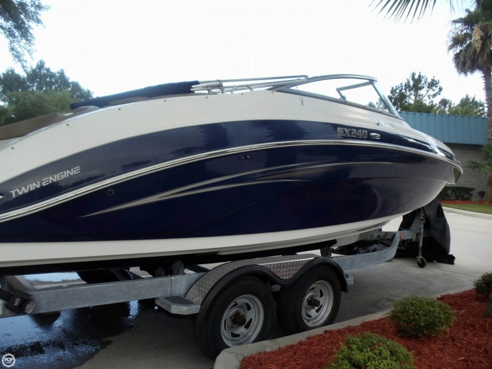 Used Yamaha SX240 HO Jet Boat For Sale