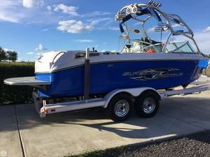 Used Correct Craft Super Air Nautique 220 Team Ski and Wakeboard Boat For Sale
